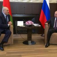 Путін посилює контроль над Білоруссю